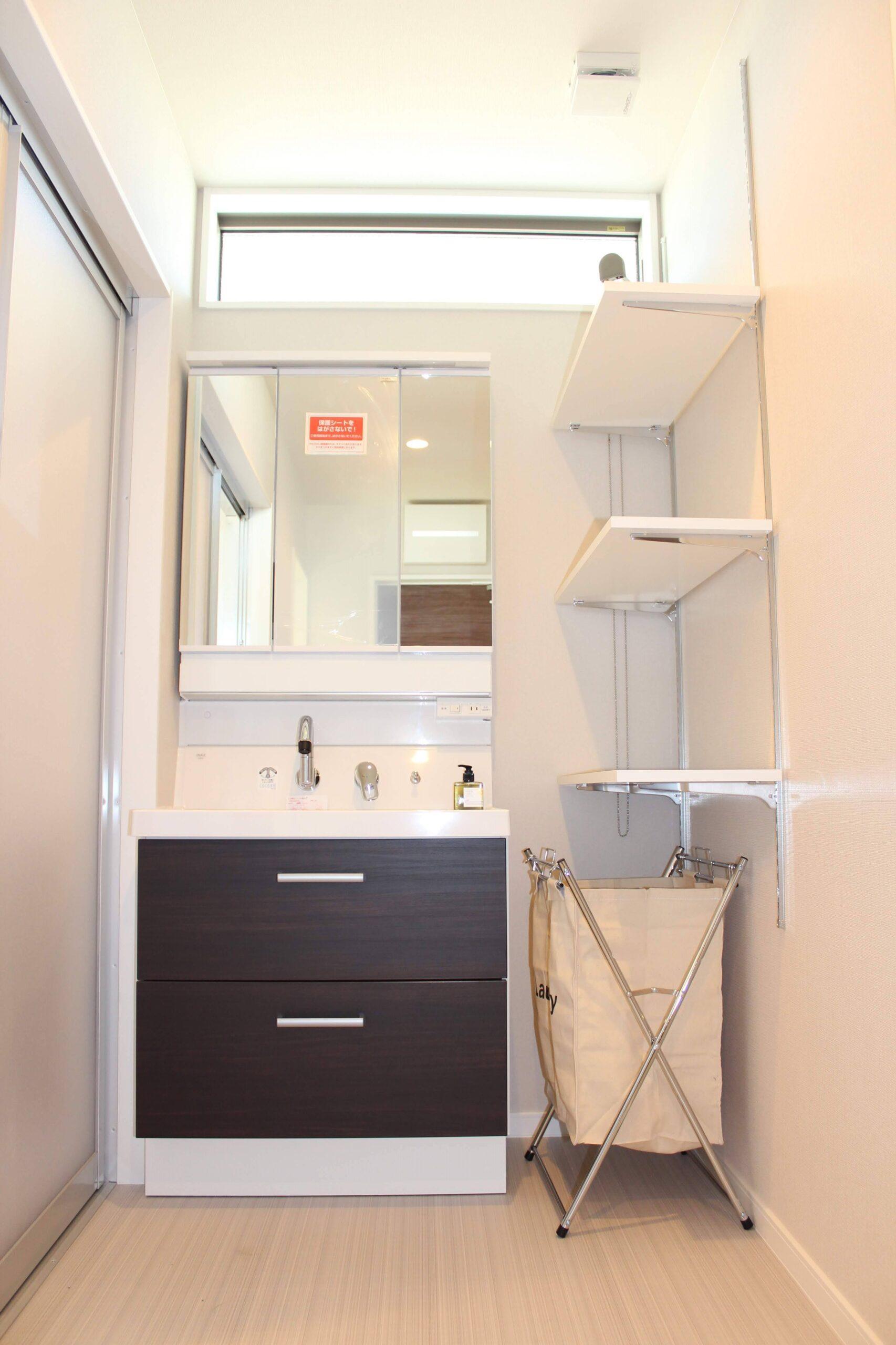 洗面台+可動棚